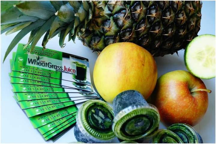 ananas + ogórek + jabłko + sok z trawy pszenicznej
