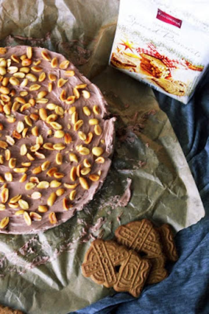 Sernik mascarpone z nutellą i korzennym spodem