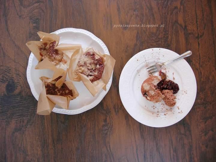 Muffiny ze śliwkami z cynamonową kruszonką