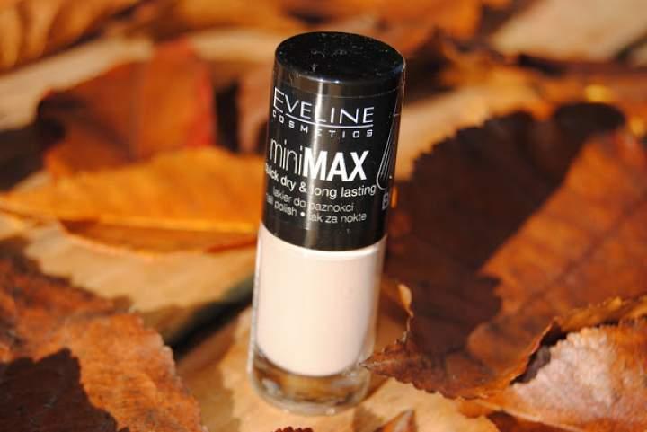 Delikatny i stonowany- lakier do paznokci Eveline Cosmetics