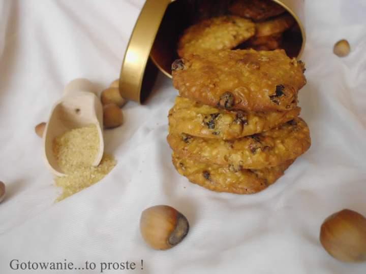 Szybkie ciasteczka owsiane z mnóstwem dobroci