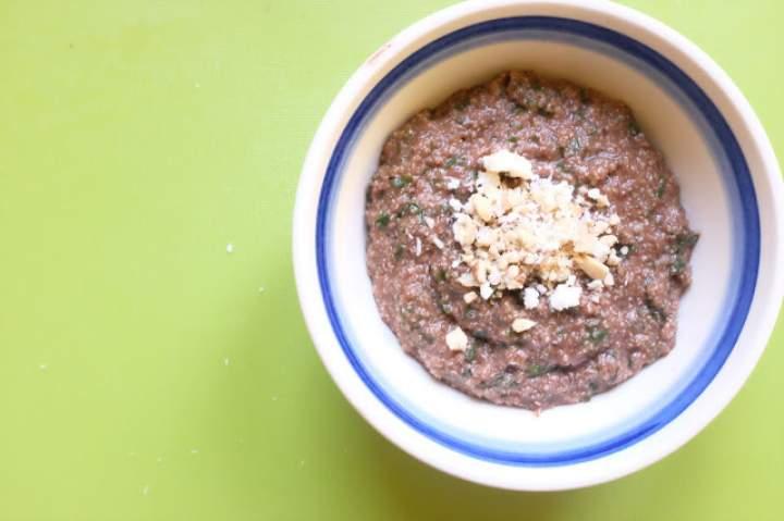 Kakaowe płatki amarantusowe z jarmużem