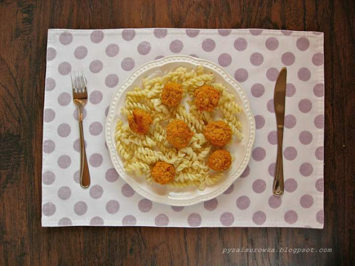 Pulpety wegetariańskie z dyni, tofu i ciecierzycy
