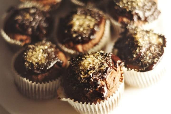 Babeczki owsiane z polewą czekoladową