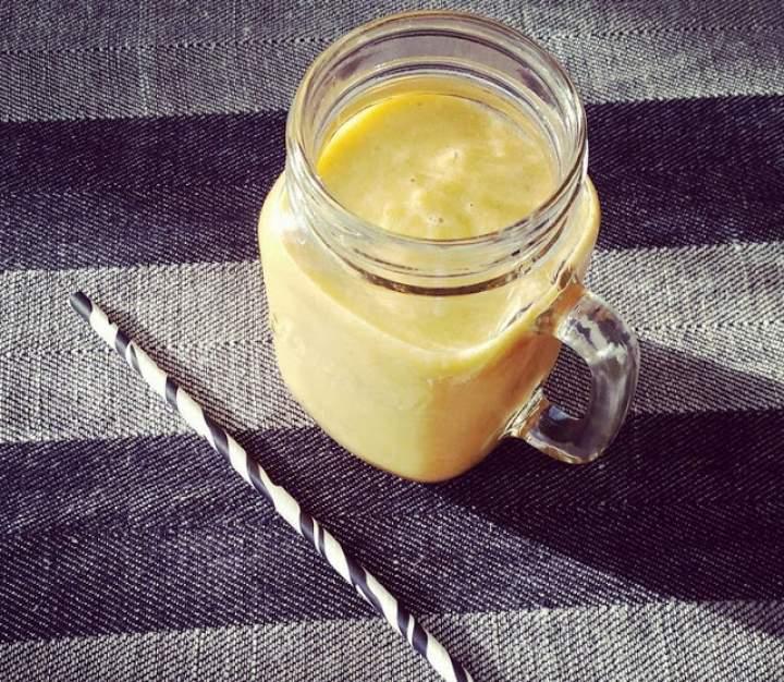 mango + pomarańcza + olej kokosowy + marchewka + banan + mleko kokosowe