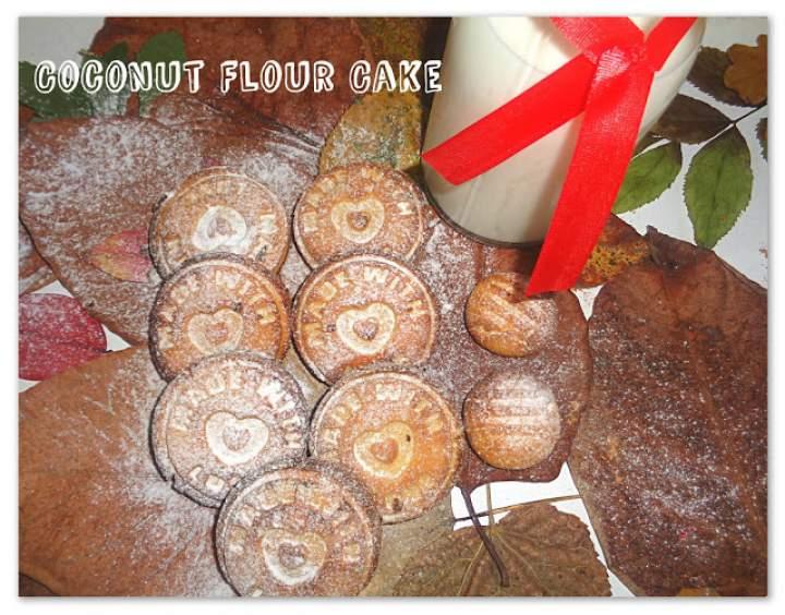 Pyszne ciasteczka z mąki kokosowej – Coconut Flour Cake