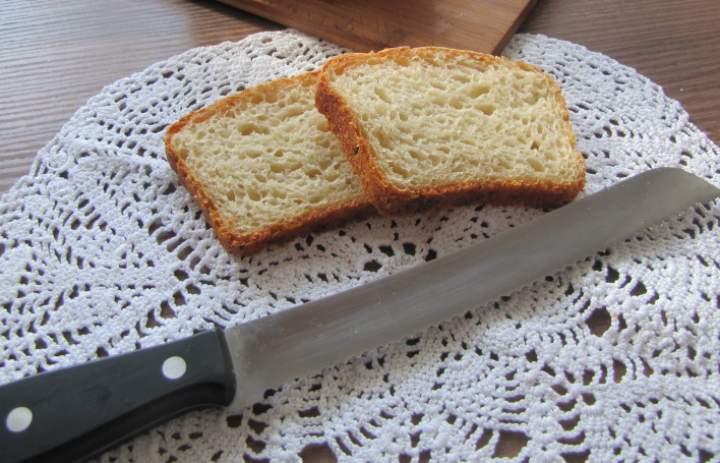 Pieczemy chleb na wodzie z ogórków