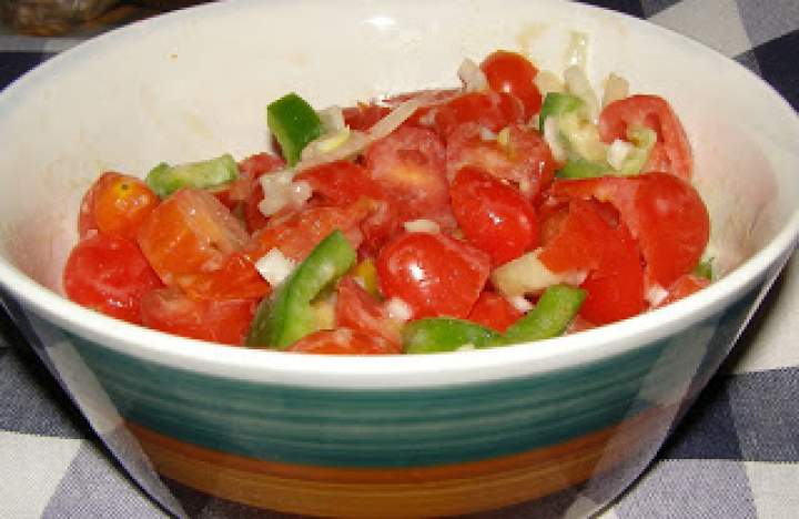 koktajlowe pomidorki na przegryzkę…