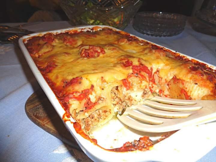 Zapiekana z kaszą jaglaną i makaronem Conchiglioni