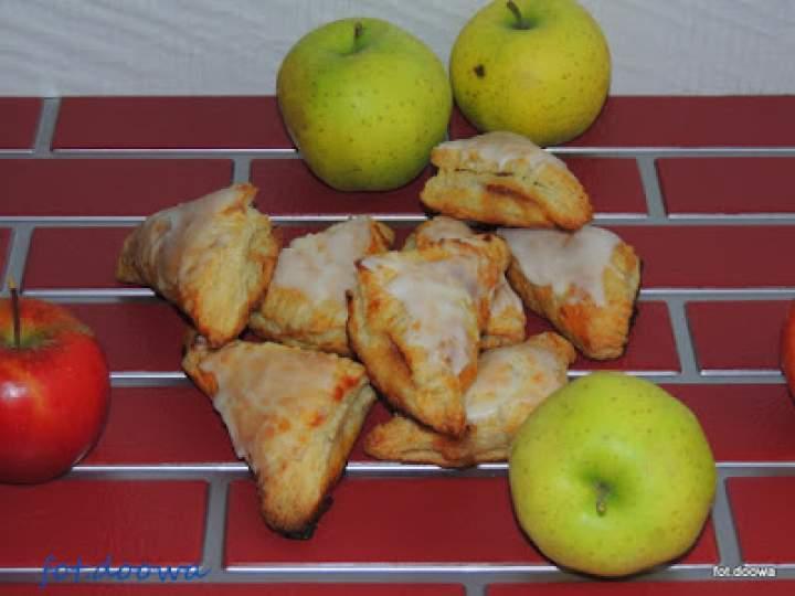 Francuskie rożki z jabłkami