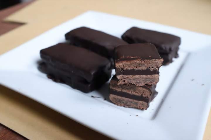 Potrójnie czekoladowe ciastka (z czekoladą)