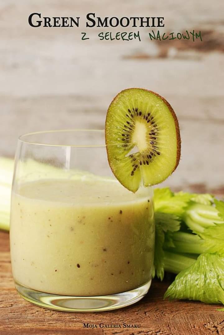 Green smoothie z selerem naciowym