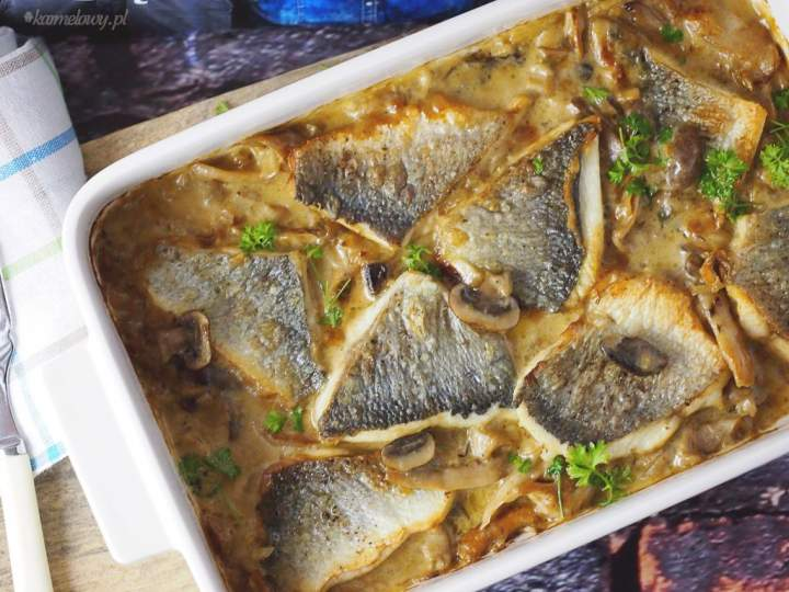 Dorada na leśnych grzybach / Sea bream with wild mushrooms