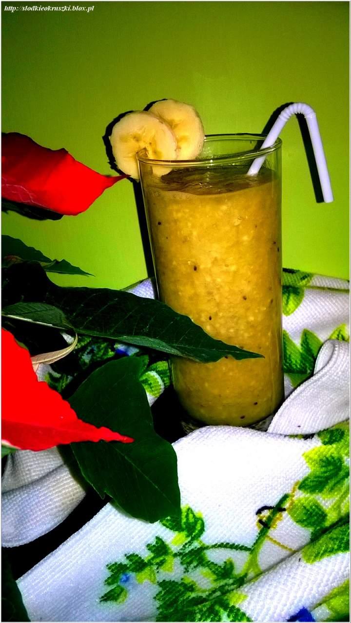 Zdrowe smoothie na bazie zielonej herbaty