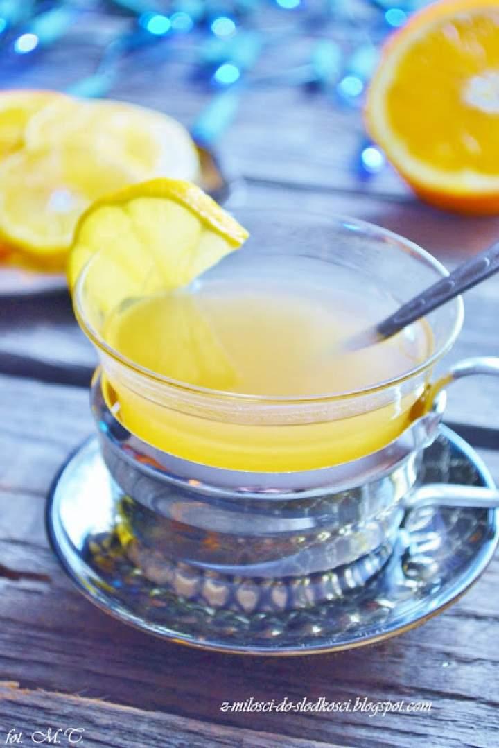 Rozgrzewająca herbata z konfiturą
