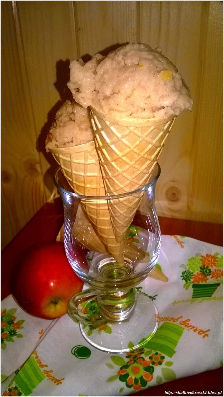 Cynamonowe lody jabłkowe z pomarańczową skórką.  Szybkie lody light, bez maszynki /z jabłkami