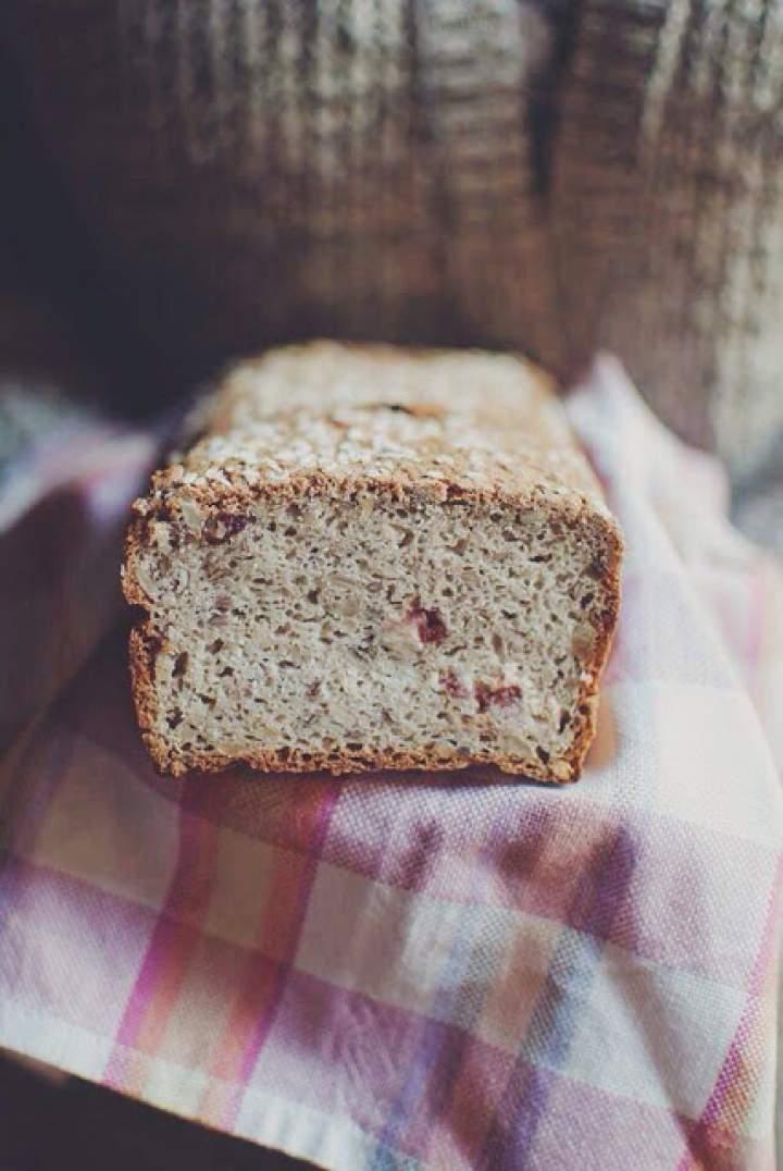 Ulubiony chleb bezglutenowy z żurawiną