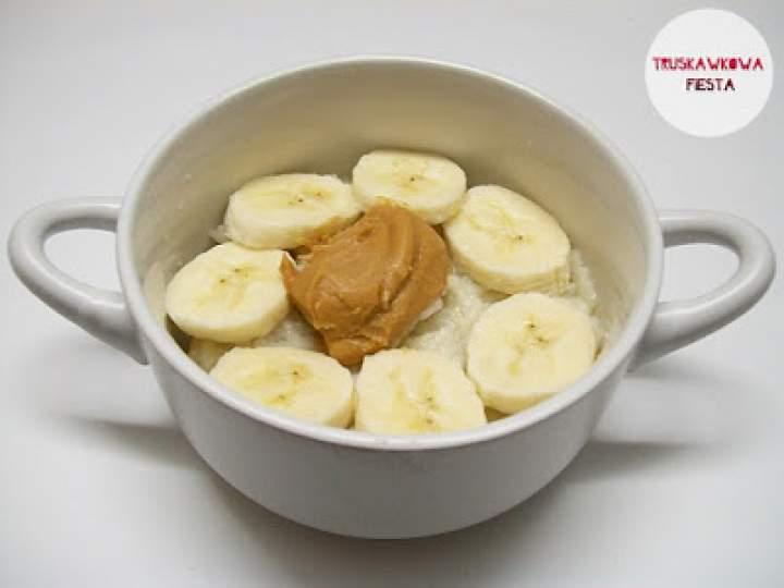 Ryż z odżywką białkową, bananem i masłem orzechowym