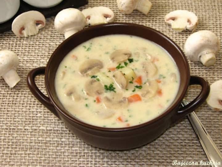 Kremowa zupa serowo-pieczarkowa
