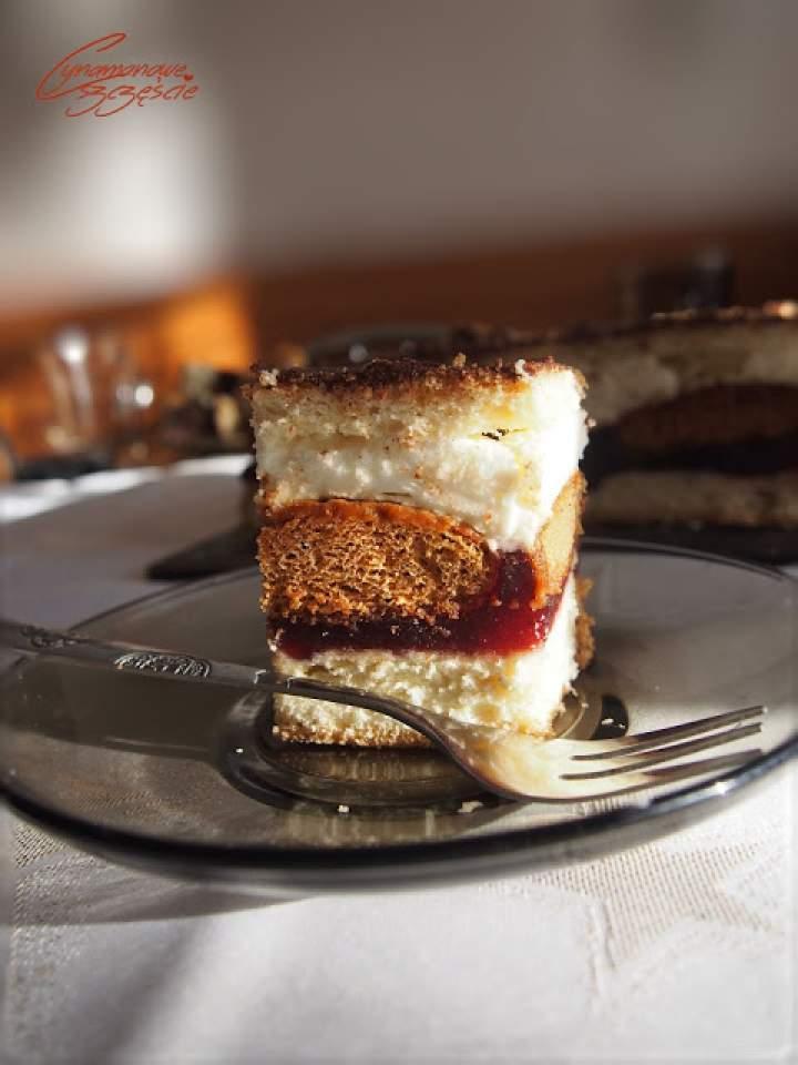 Katarzynka – ciasto z pierniczkami i kremem