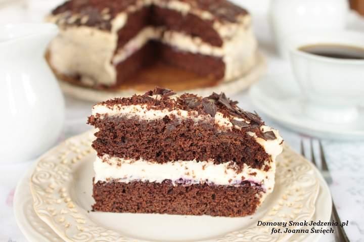 czekoladowe ciasto z masą chałwową