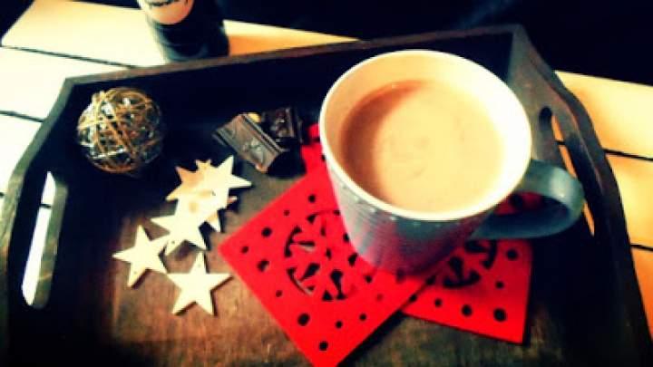 Gorący napój świąteczny