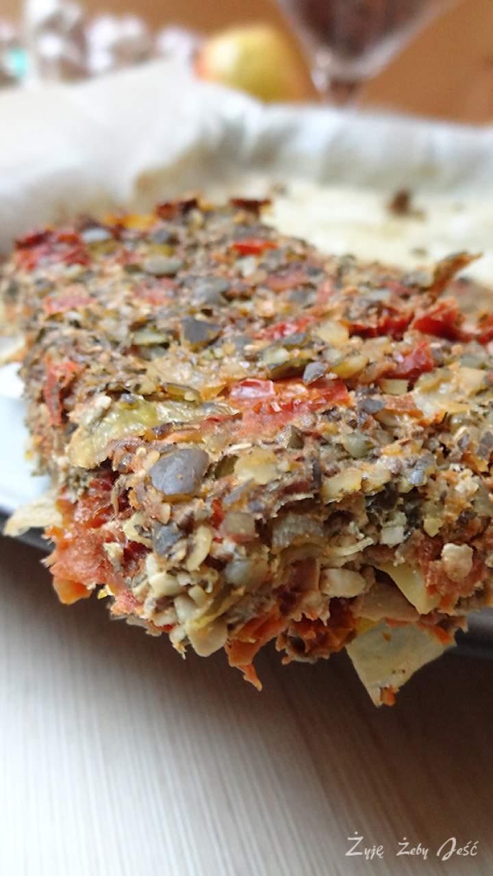 Pasztet z pestek z dyni i suszonych pomidorów