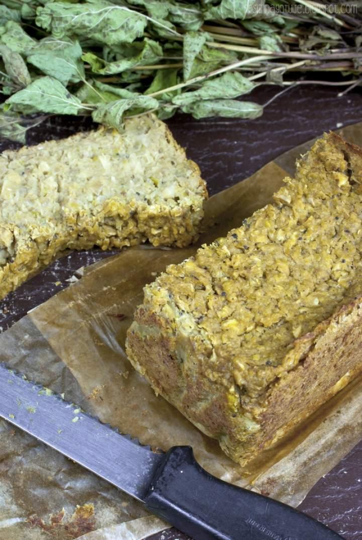 Warzywny pasztet z groszkiem i selerem