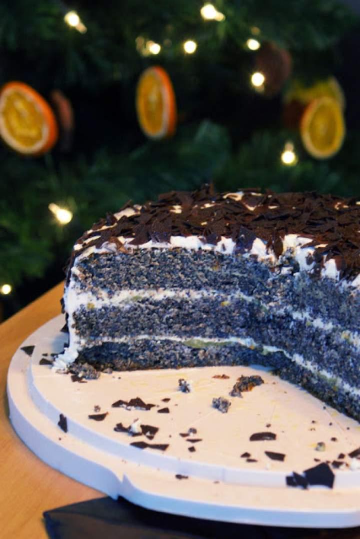 Świąteczny tort makowo – pomarańczowy