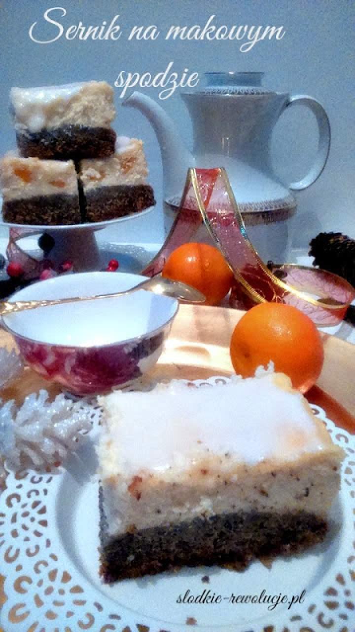 Sernik z mandarynkami na makowym spodzie