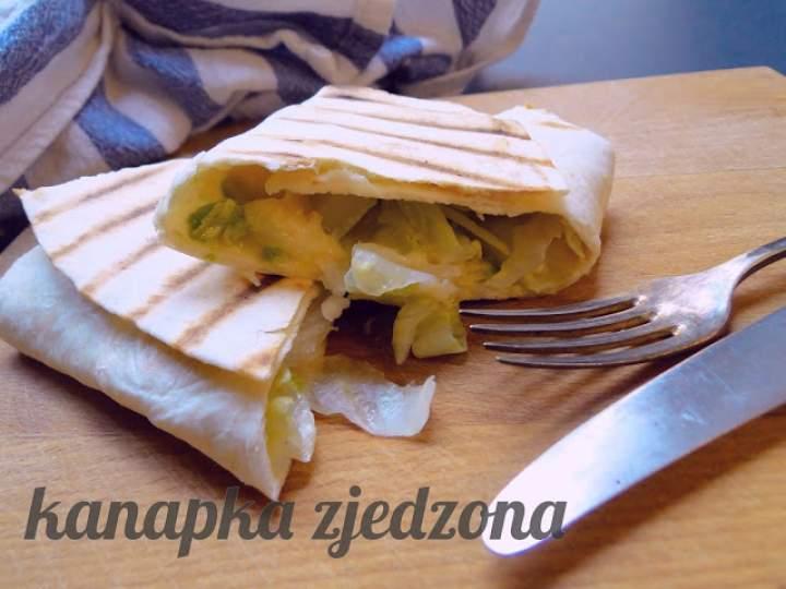 Tortilla z awokado i cheddarem