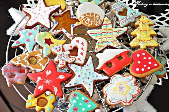 ,,Kolorowe ciasteczka na choinkę''