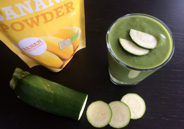 cukinia + awokado + cytryna + banana powder