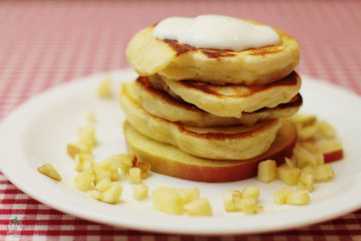 Placuszki z mleka w proszku z jabłkiem