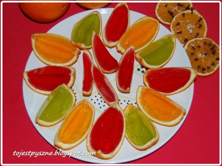 Galaretka w skórce pomarańczy