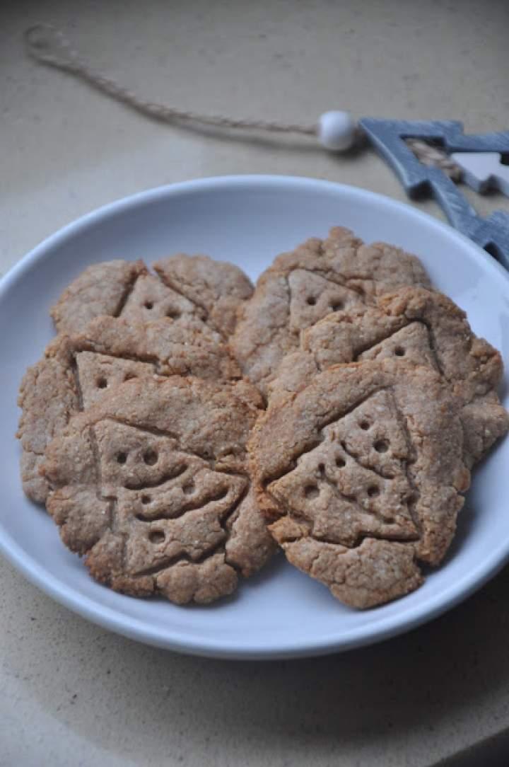 Korzenne ciasteczka z masłem orzechowym