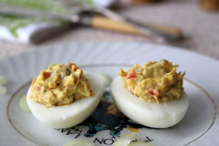 Jajka faszerowane musem z anchois