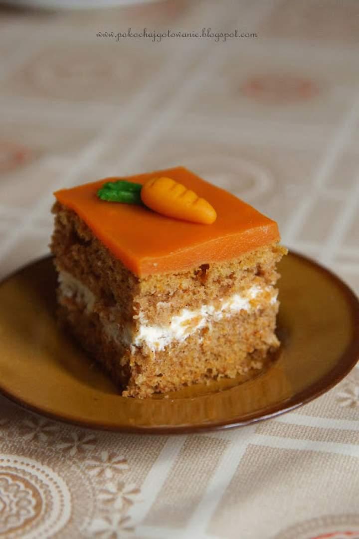 Ciasto mocno marchewkowe