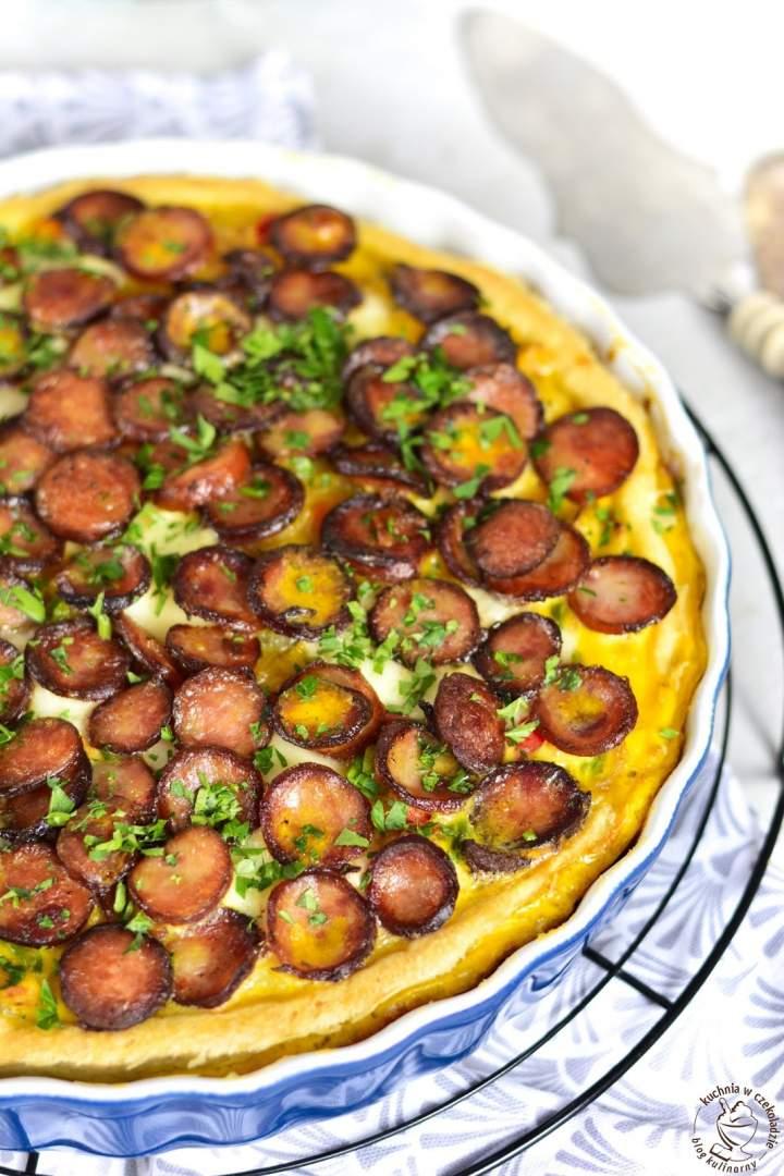Tarta z ziemniakami i kiełbasą