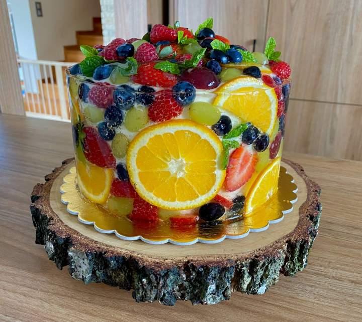 Torcik z owocami w galaretce