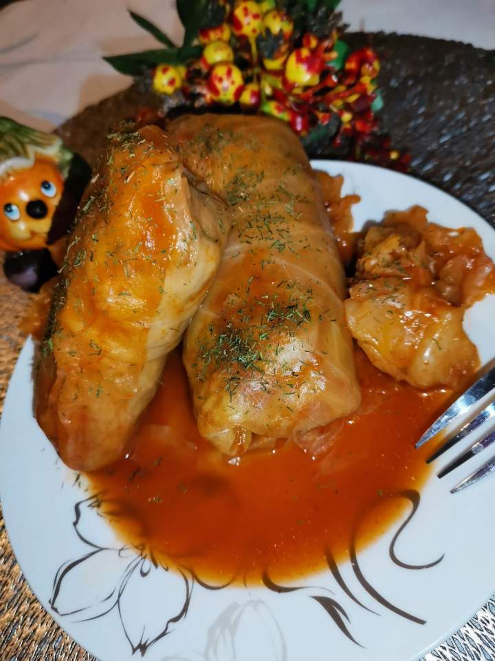 Gołąbki z mięsem mielonym, kaszą jęczmienną i ryżem