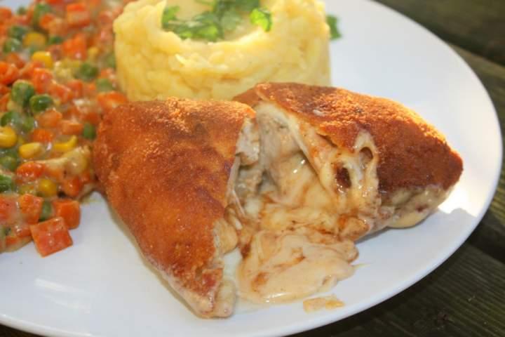 Filet z kurczaka z lawą sera