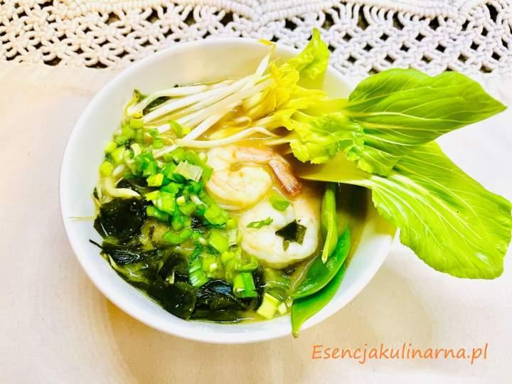 Zupa miso z krewetkami lub kurczakiem