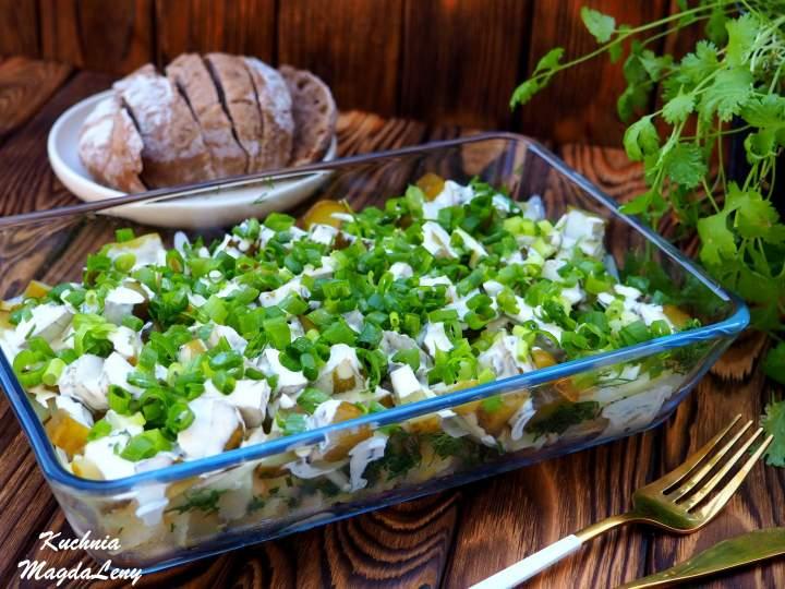 Sałatka ziemniaczana – przepis podstawowy