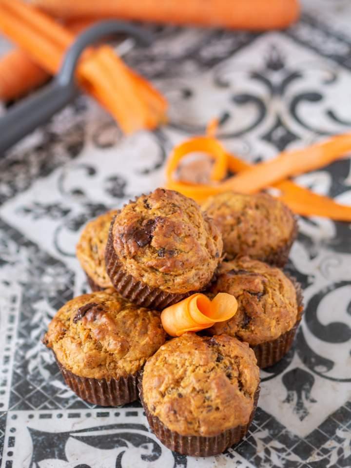 Babeczki marchewkowe z czekoladą