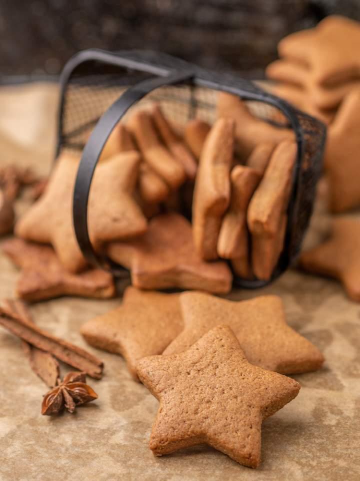 Wegańskie pierniczki świąteczne
