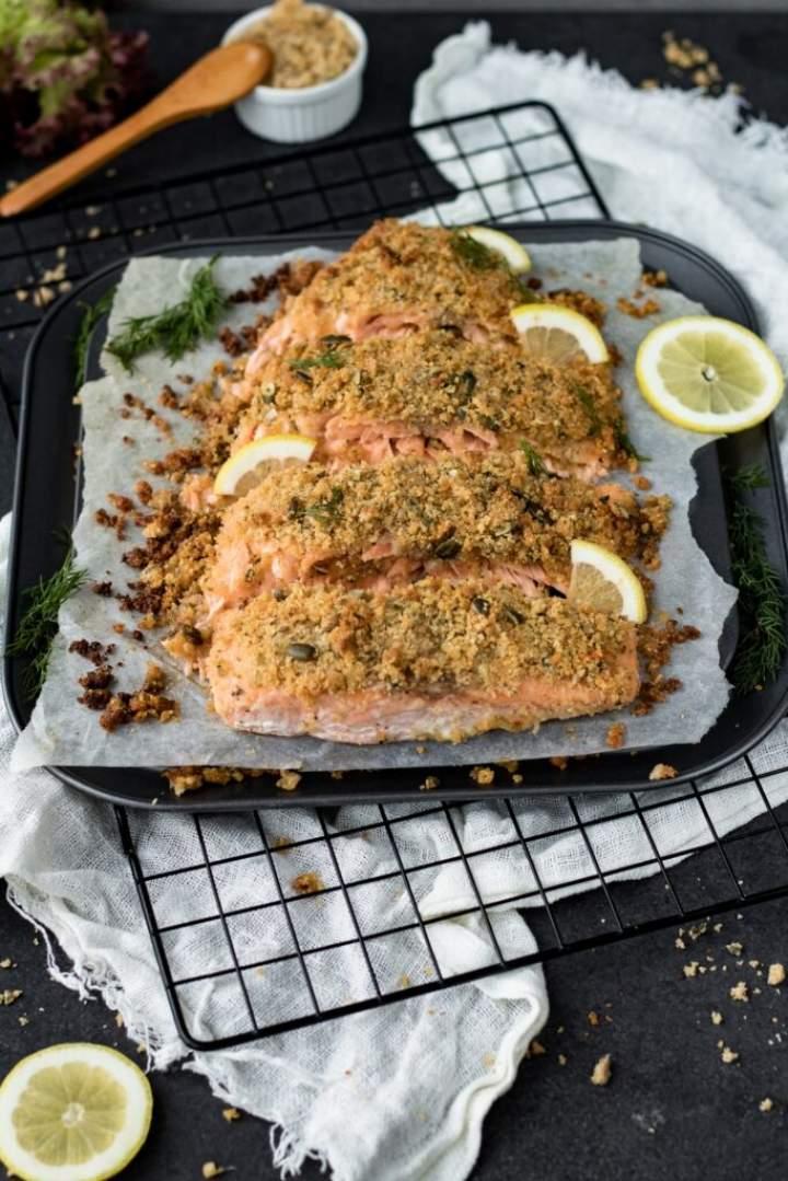 Ryba pieczona pod kruszonką