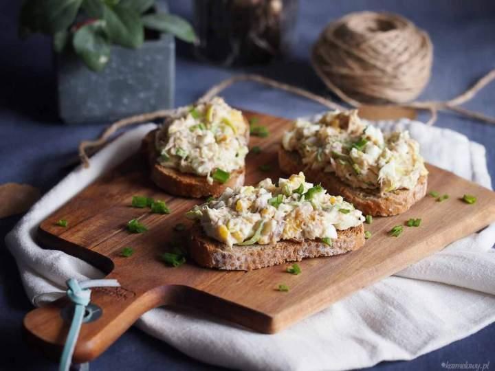 Sałatka jajeczna z makrelą i porem / Smoked mackerel and leek egg salad