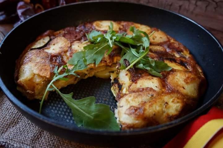 Tortilla ziemniaczana (tortilla de patatas)