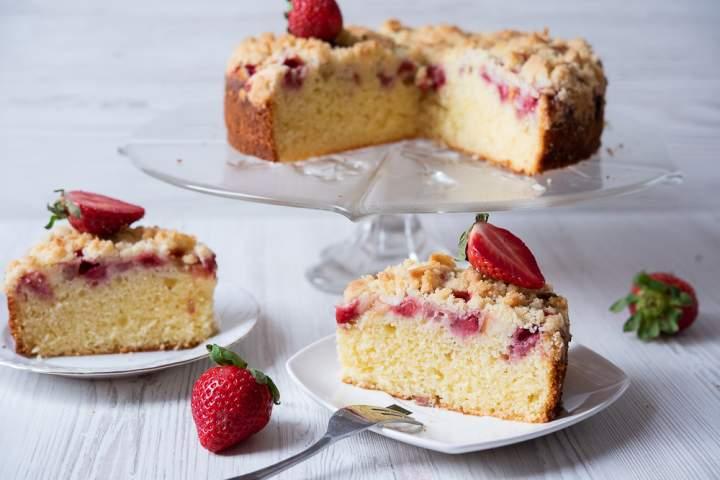 Ciasto z truskawkami – wilgotne i pyszne!